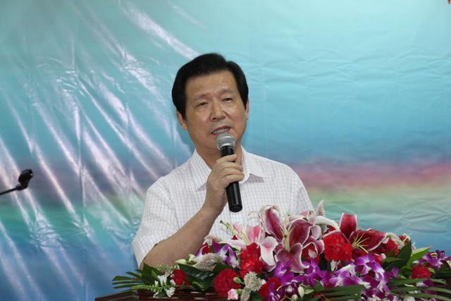 言恭达:全国政协委员、中国书法家协会教育委员会主任、中国国家画院院委